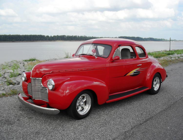 Collector Cars & Hot Rods - Vic's 66 - Gas Pump Parts, Globes and